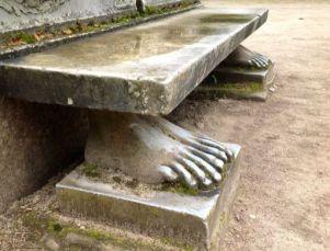 Nieborów: garden bench