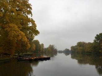 Wilanów lake in autumn