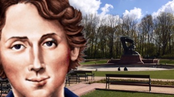 Chopin waiting at the Royal Łazienki park