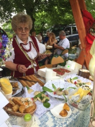 Mrs Zofia Karczmarczyk and her sójka buns